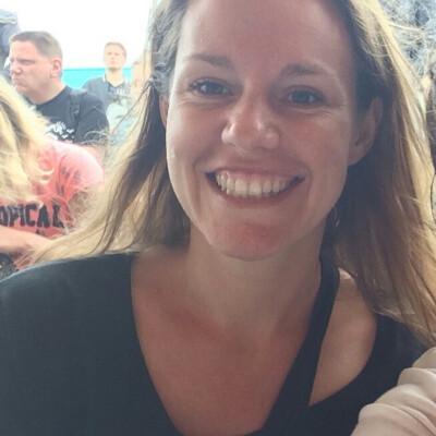 Simone zoekt een Appartement / Huurwoning / Studio in Amsterdam
